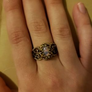 Vintage Jewelry - Antique Gold Bronze Fire Opal Ring